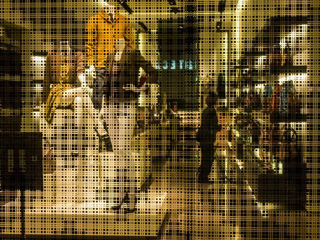 Photos: なぜ素通しのガラスじゃないのかって