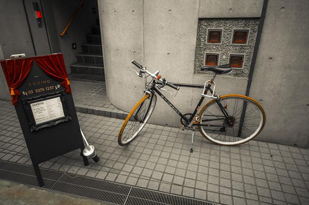 駐輪なのかディスプレイなのか