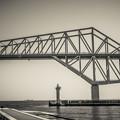 写真: 恐竜橋を海上から見る5