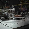 夜の「帆船日本丸」左側から