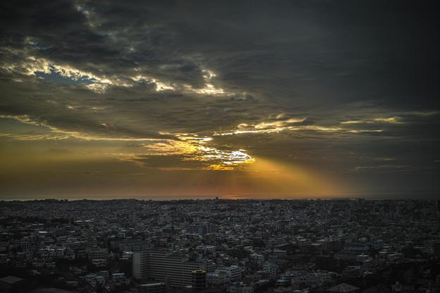 Photos: 那覇の夕陽2