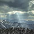 天使の梯子が雲間から