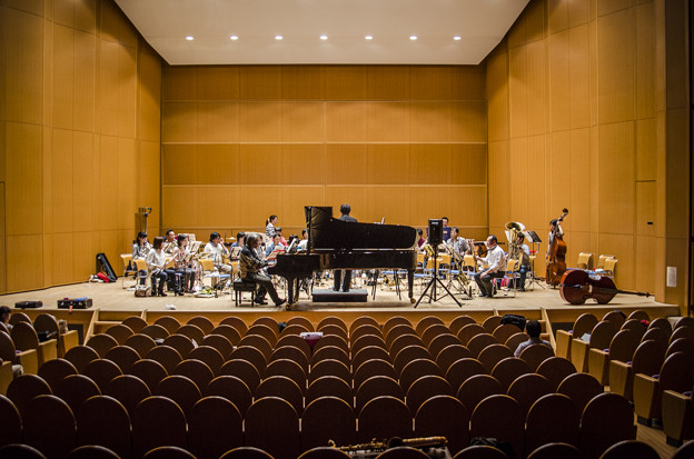 Photos: 今晩も私が弾いた協奏曲の放送があります