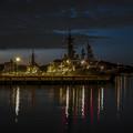横須賀の軍艦のある黄昏
