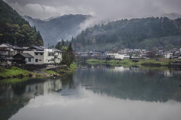Photos: 車窓から見えた霧@高山線