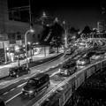 写真: 神奈川県相模原市の橋本駅南口の3.2秒の夜