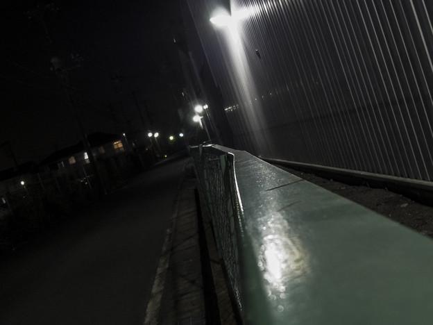 Photos: ひしゃげたフェンス