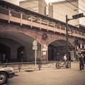 有楽町駅高架の煉瓦と円形の装飾