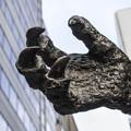 Photos: ゴジラの手