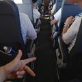 Photos: 飛行中の機内で、フレミングの法則をやってみたくなりました(爆)