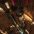 下水管というと下品だ、地下水路の中っぽいインテリアのレストラン