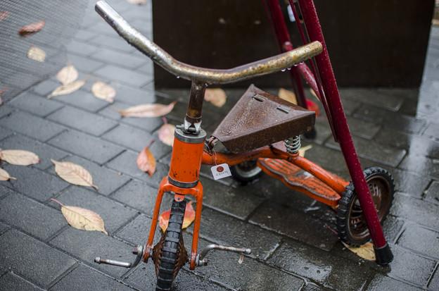 写真: 鉄のサドル@第六回東京蚤の市;2014秋