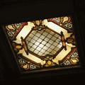 東京日本橋の三越劇場の天井の照明