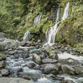 写真: 渓流と小さな滝