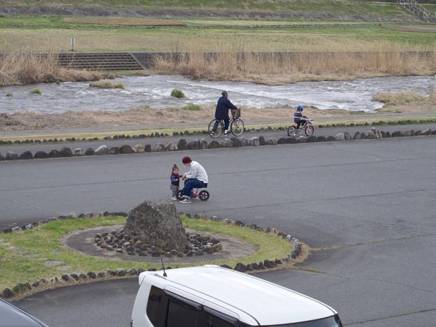 Photos: 父と子、、二態