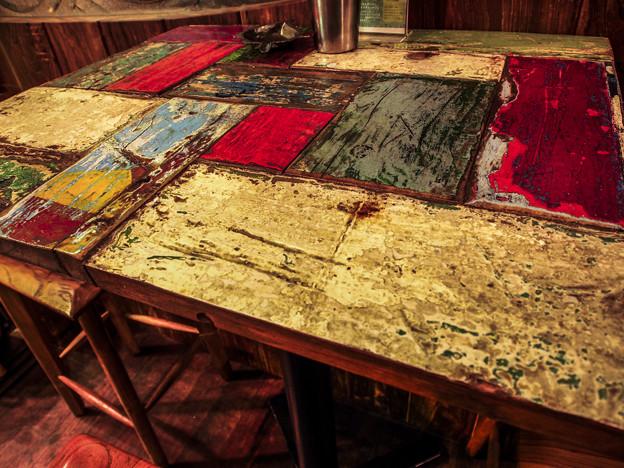 賑やかなテーブル