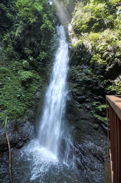 塩川の滝全貌