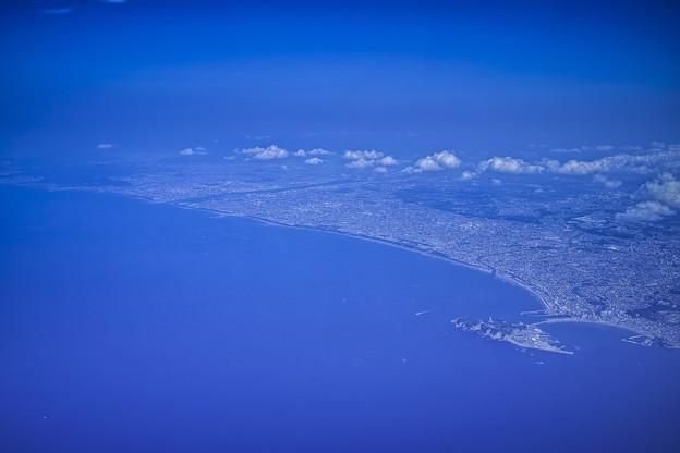 セスナから俯瞰する江ノ島
