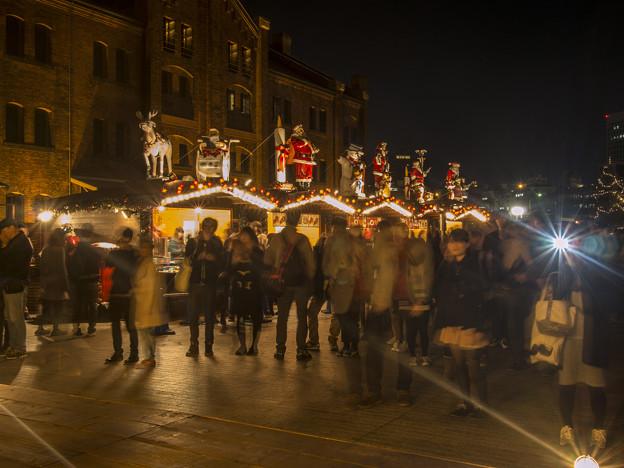 横浜赤レンガ倉庫のクリスマスマーケットが始まりました
