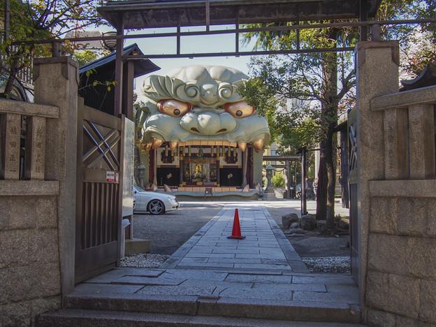 表記が間違え易い難波八阪神社(八坂は間違いだそうだ)