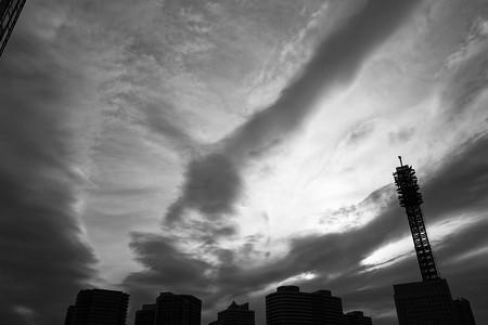 曇り空スケッチ