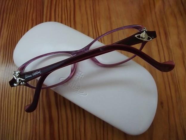 オーブ&クマ付きメガネ