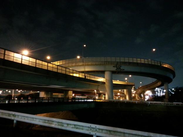 写真: 130228 横浜青葉IC下