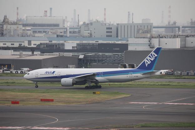 ANA ボーイング777-200ER JA709A