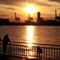 埠頭の夕暮れ