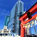 京浜東北線 VS 日比谷神社 With 高層ビル