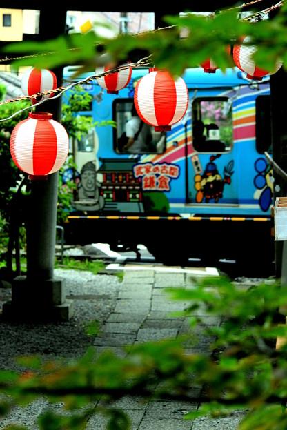 Photos: お祭り江ノ電