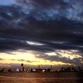 曇天夕暮れ横浜
