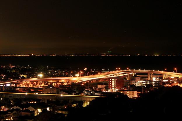 西湘バイパスの夜