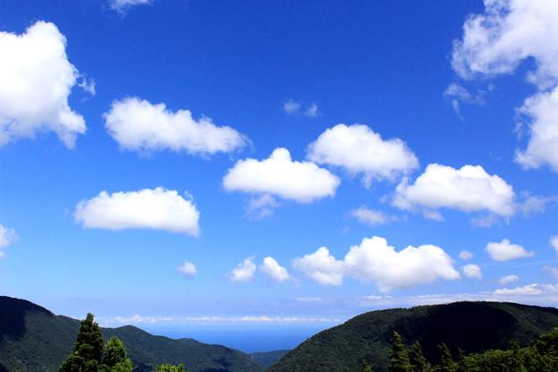 山と海と空と。