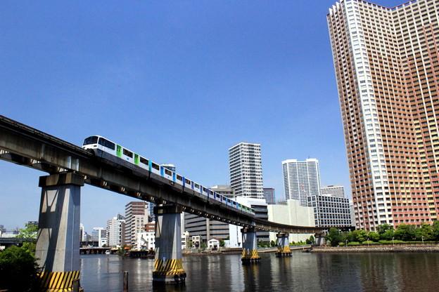 Photos: Across The 運河