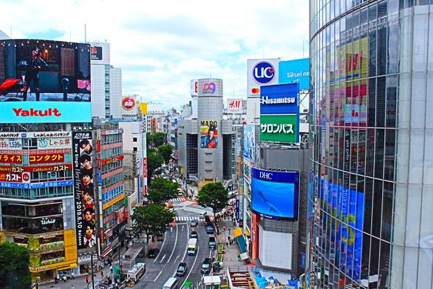 渋谷前進。