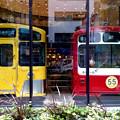 Photos: 街中仲良し電車