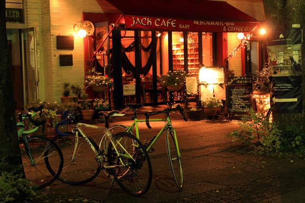 ある夜の自転車