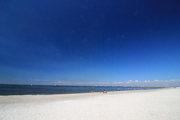 Photos: White Beach