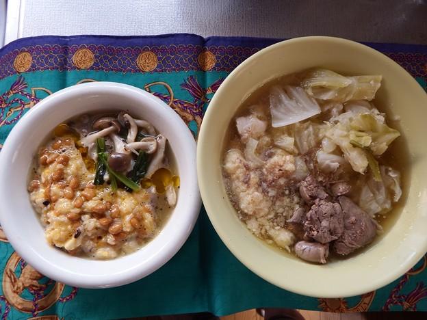 DSCF5237 納豆卵かけごはん シメジ蕪の葉の味噌汁の具 亜麻仁油      鶏レバーきゃべつの水煮 おから