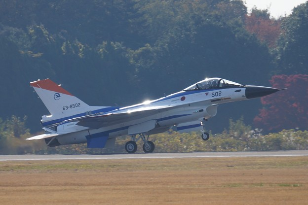 F-2B 着陸