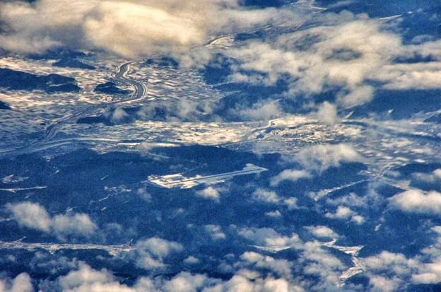 写真00116 その名も「コウノトリ但馬空港」