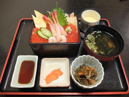和食処 汐路 いくら甘エビ重 ¥1700