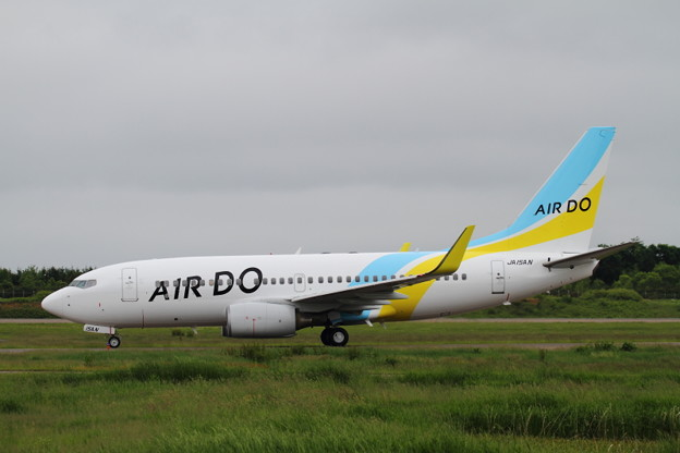 ADO B737-700 JA15AN