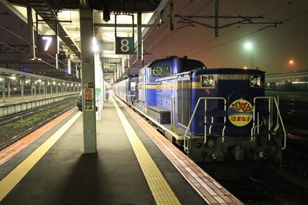 急行はまなすDD51@函館