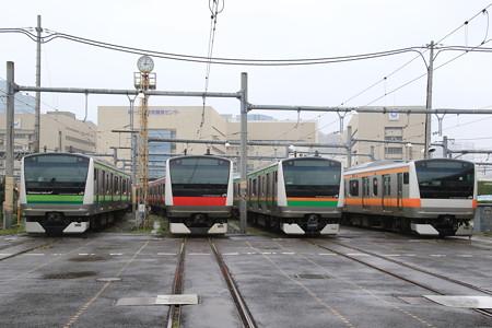 東京総合車両所E233並び
