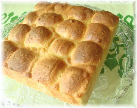 スイートブールのちぎりパン(りんご入り)