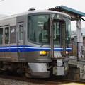 521系 滋賀県河毛駅にて