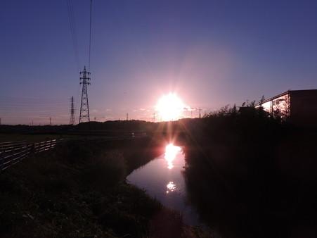 逢妻女川:夕陽が二つ