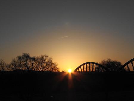 冬至前日の日の出